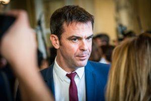 Olivier Véran remplace Agnès Buzyn en tant que ministre des Solidarités et de la Santé