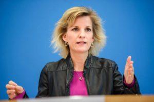 Daniela Ludwig, commissaire fédérale allemande, entend bien profiter de la présidence de l'Allemagne sur le Conseil de l'UE pour faire passer ses idées anti-vape